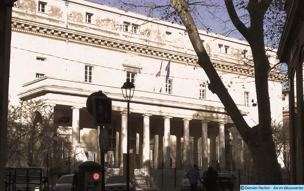 Le Palais de justice d'Aix en Provence - Photo: © Aix en découvertes