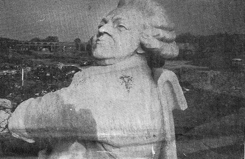 La tête du monument Mirabeau prise dans les années 70 (extrait du Méridional du 7.9.81)
