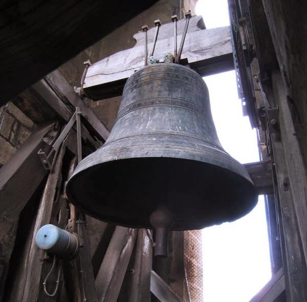 L'unique cloche encore présente pour l'instant Photo: Collection particulière