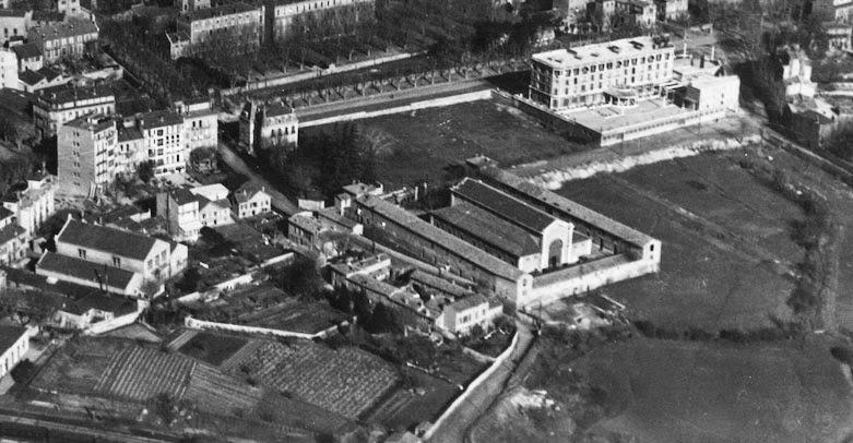 Les anciens abattoirs d'Aix vers 1930, peu d'années avant leur déplacement vers le quartier d'Encagnane