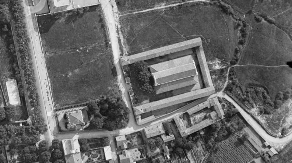 Les anciens abattoirs d'Aix en 1930 Photo : © IGN-GEOPORTAIL/1930