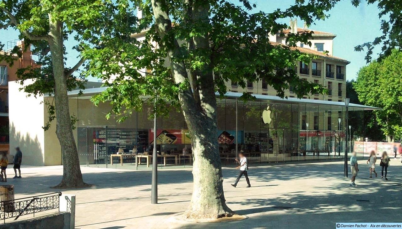 L'Apple Store sur la place de la Rotonde, à l'emplacement des anciens Pavillons et Office de Tourisme Photo: © Aix en découvertes