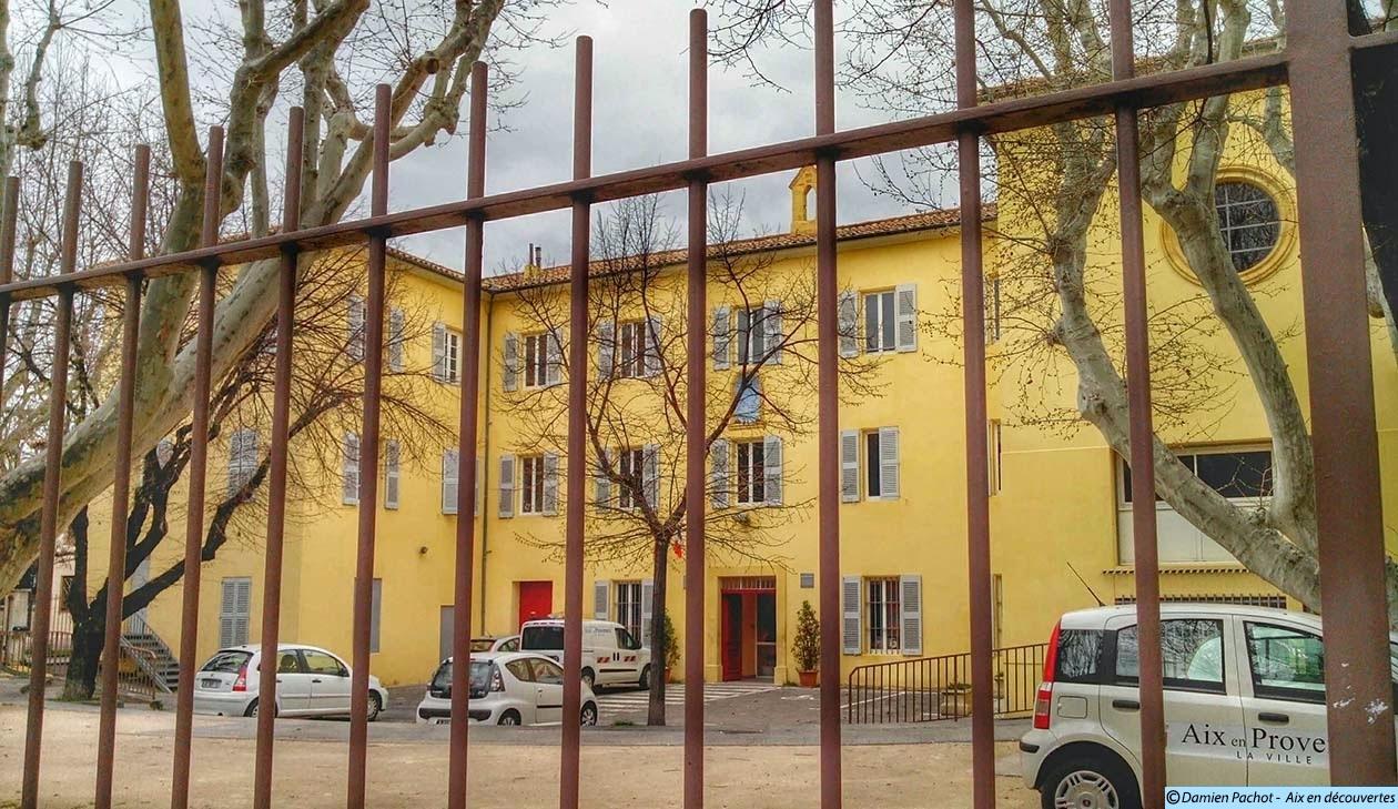 L'ancien orphelinat Notre-Dame de la Miséricorde / Institution Saint-Michel