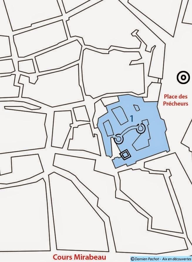 En bleu: L'ancien Palais des Comtes de Provence