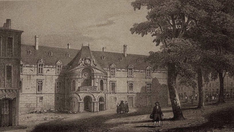 Vue de la façade de l'ancien Palais des Comtes de Provence depuis les environs de la place des Prêcheurs