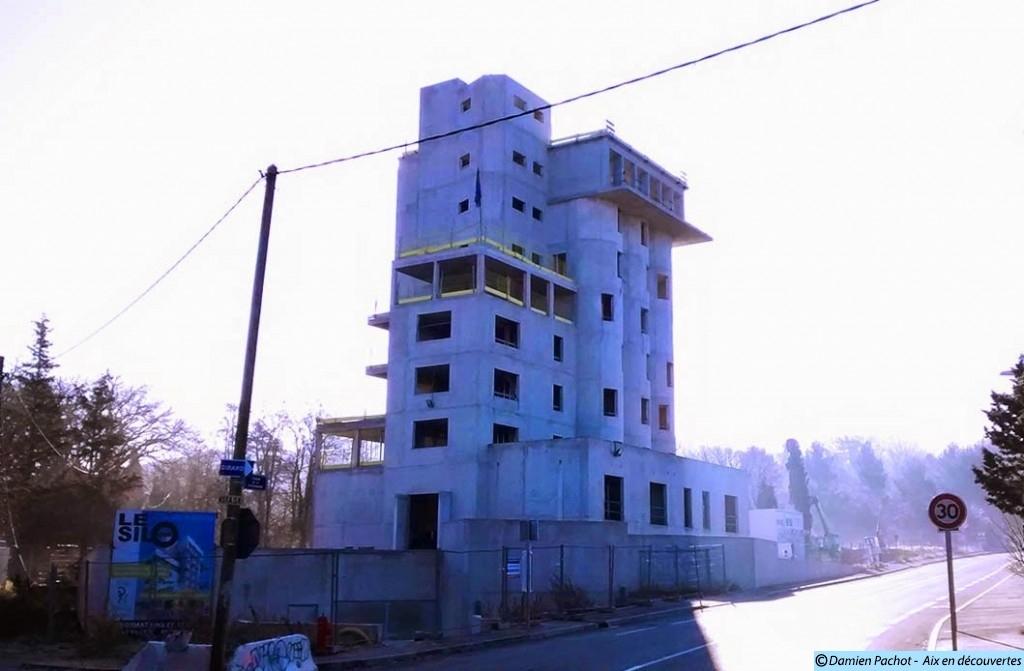 """Le """"nouveau"""" silo en Janvier 2015 Photo: © Aix en découvertes"""