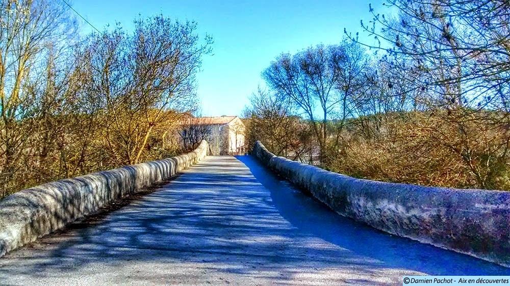 L'étroitesse du Pont des Trois-Sautets