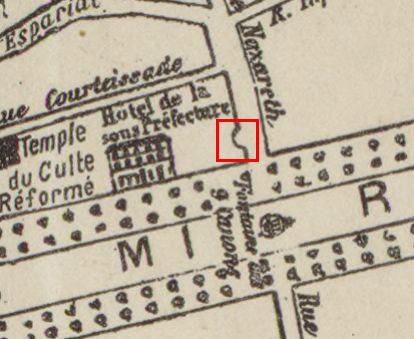 Le portail représenté sur un plan de 1897 Plan - Voir dans les sources