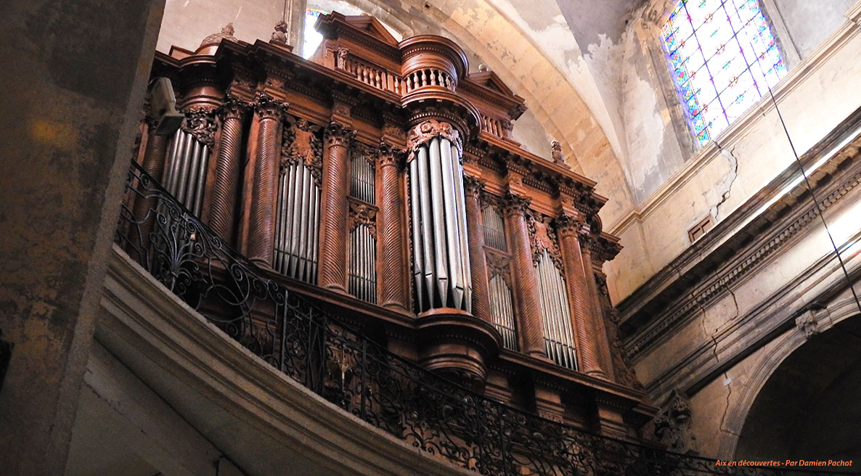 L'orgue initialement réalisé pour l'église des Carmes, aujourd'hui dans l'église du Saint-Esprit