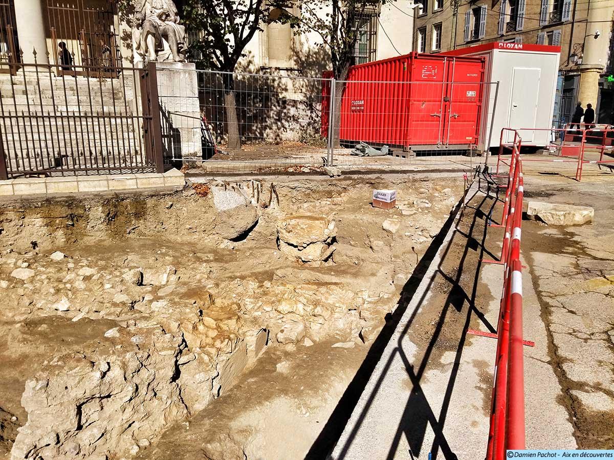 L'emplacement de l'ancien escalier du palais