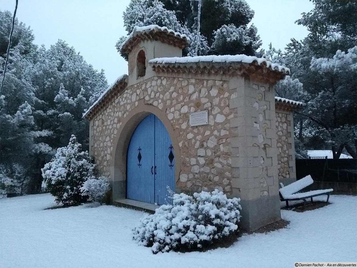 La (toute petite) chapelle du Serre
